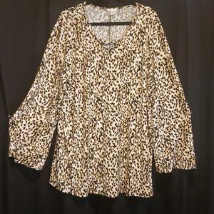 Plus size tiger print shirt size 22/24w